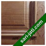 Detil Pintu Panel Solid Raised Lis Timbul Jati
