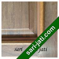 Detil Pintu Panel Solid Raised Lis Timbul Merbau